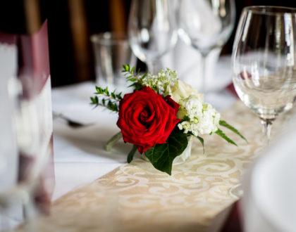 Valentin-14.Februar  mit  Candle  Light  Dinner
